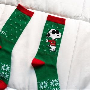 Peanuts Snoopy Christmas socks